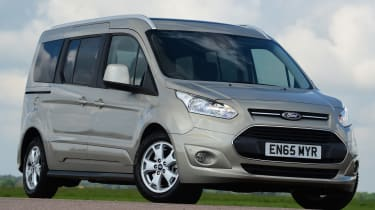 Ford Tourneo Connect 2016 - front quarter