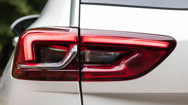Vauxhall Insignia Country Tourer - tail light
