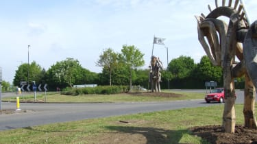 Wars of the Roses roundabout, Tewkesbury