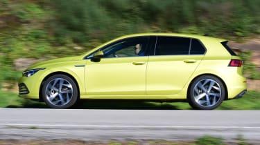 Volkswagen Golf Mk8 - side tracking