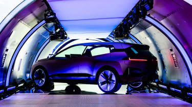 BMW Vision iNEXT concept - plane side/rear