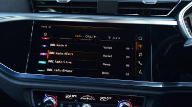 Audi Q3 - radio