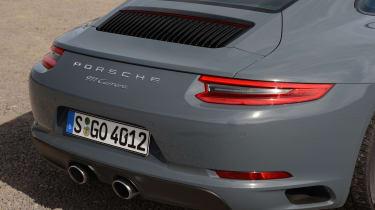 Porsche 911 Carrera 2015 rear end