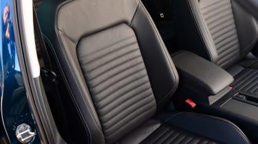Volkswagen Passat - seats