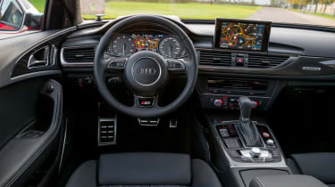 Audi S6 saloon 2014 dashboard