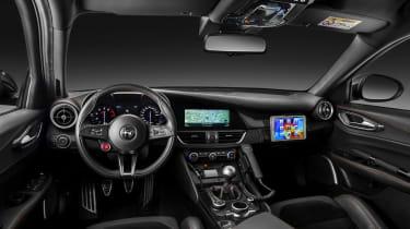 Alfa Romeo Giulia - Police car interior