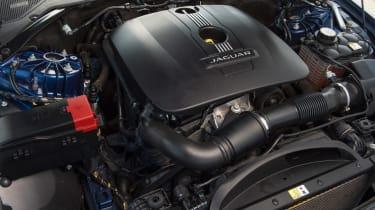 Used Jaguar XE - engine
