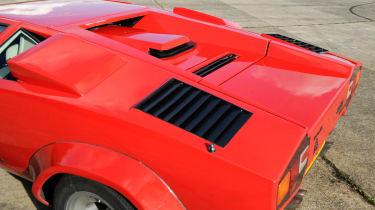 Lamborghini Countach 5000 QV detail