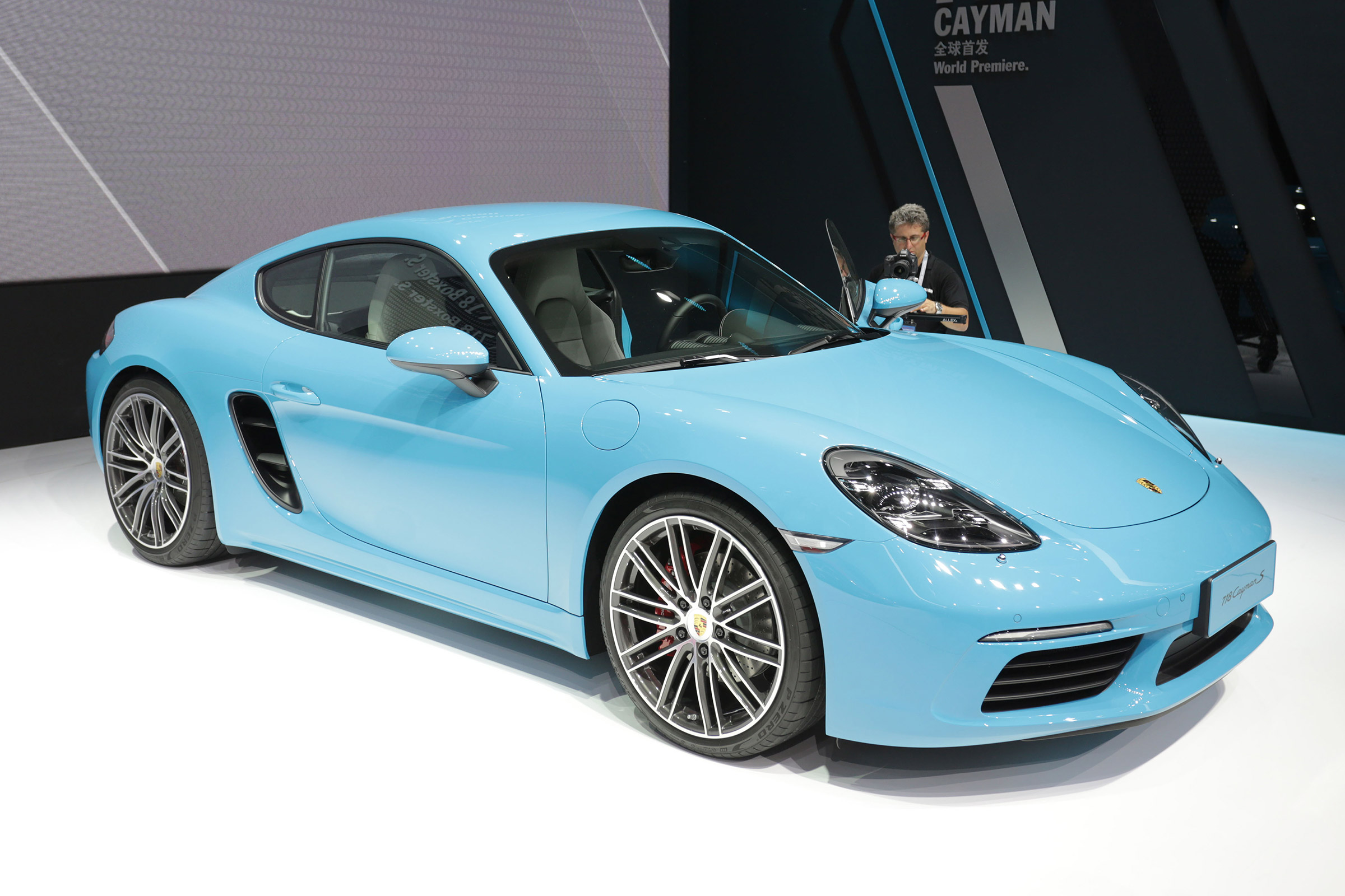Porsche 718 Cayman Arrives With 4cyl Turbo Power Auto Express