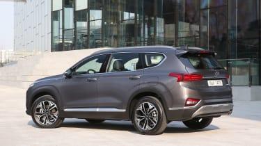 New Hyundai Santa Fe - rear static