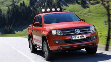 VW Amarok Canyon pick-up front