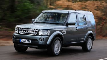Land-Rover-Discovery-front
