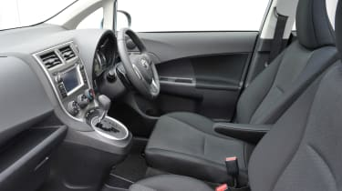 Toyota Verso-S interior