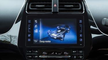 Toyota Prius Plug-in - infotainment