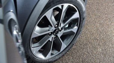 Kia Stonic - alloy wheel