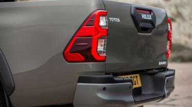 Toyota Hilux - rear lights