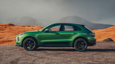 Porsche Macan - side static