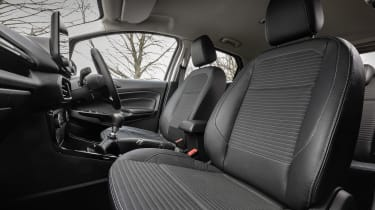 Ford EcoSport - front seats