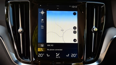 Volvo V60 Cross Country - sat-nav