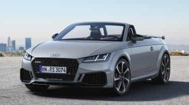 Audi TT RS Roadster - front static