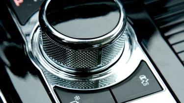 Jaguar XJ AWD detail