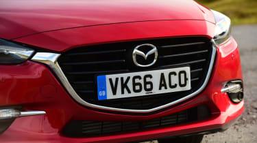 Mazda 3 2016 - front detail