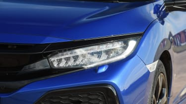 Honda Civic diesel - headlight