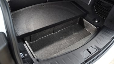 Jaguar E-Pace - boot storage