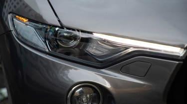 Maserati Levante GranLusso - front light