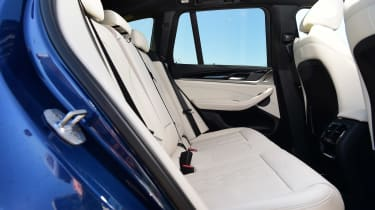 Alpina XD3 - rear seats