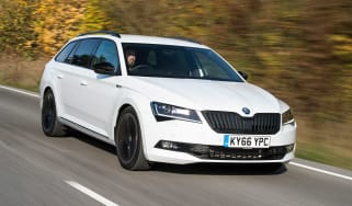 Skoda Superb Sportline Estate - front