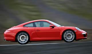 Porsche 911 Carrera profile