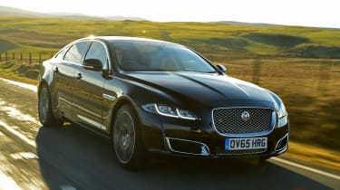 Used Jaguar XJ - front action