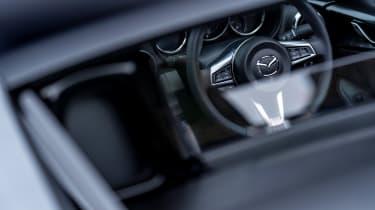 Mazda MX-5 2020 - steering