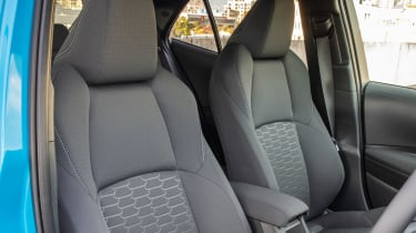 Toyota Corolla - front seats
