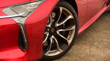 Lexus LC 500h - wheel