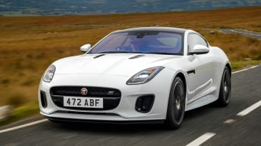 Jaguar F-Type Chequered Flag - front