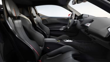 Ferrari SF90 Stradale - seats