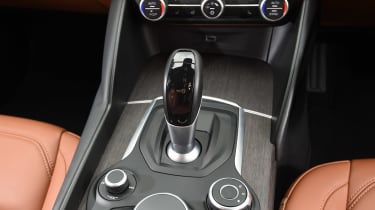 Alfa Romeo Giulia long term test - first report transmission