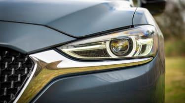 Mazda 6 Kuro Edition - front lights