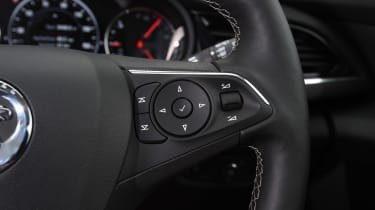 Vauxhall Insignia Sports Tourer - steering wheel details