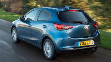 Mazda 2 - rear tracking