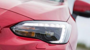 Subaru Impreza 2017 - headlight