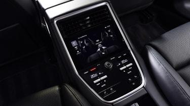 Porsche Panamera - rear console