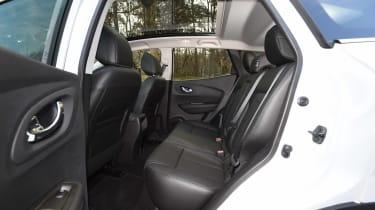 Renault Kadjar TCe 165 - rear seats