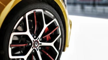 Renault Megane RS Trophy - wheel detail