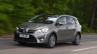 Toyota Verso 2016 - Front Tracking