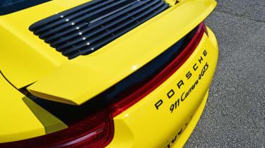 Porsche 911 Carrera 4 GTS - spoiler