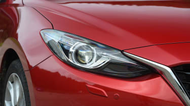 Mazda 3 - front light detail