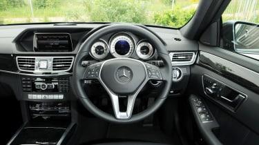 Mercedes E250 CDi front interior
